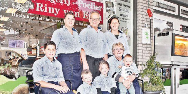 Poelier Riny Van Esch viert zijn 15 jarig bestaan.